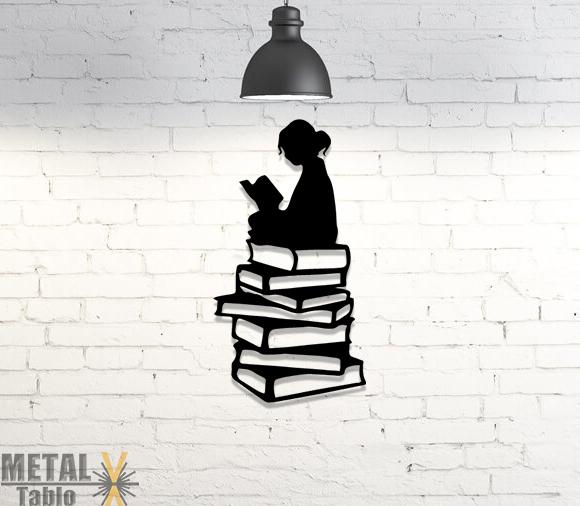 Kitap Okuyan Kız Çocuğu Metal Tablo