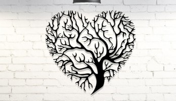 Kalp Desenli Ağaç Lazer Kesim Metal Tablo